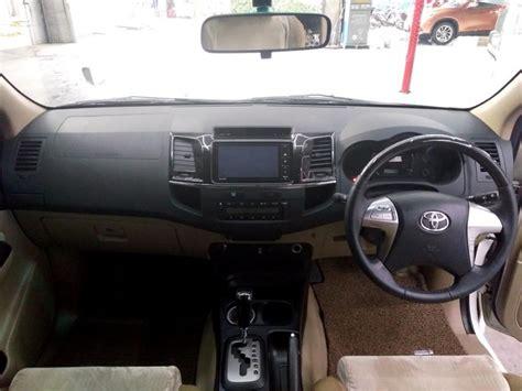 Toyota Fortuner 2 5 G Trd At 2015 toyota fortuner 2 5 g trd sportivo at 2015 putih