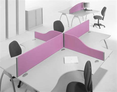 Office Desk Divider Office Desks Dividers Carpets Blinds In Dubai Dubai Interiors