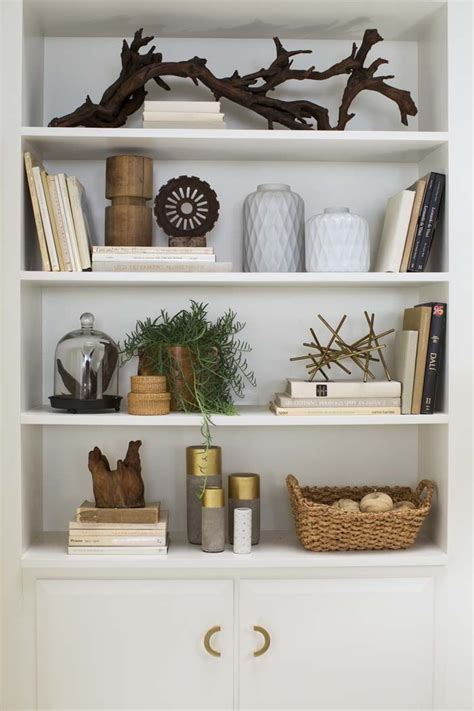 shelf decorations 25 best ideas about bookshelf styling on pinterest book