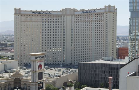 largest hotel in las vegas by rooms america s 25 largest resorts us city traveler
