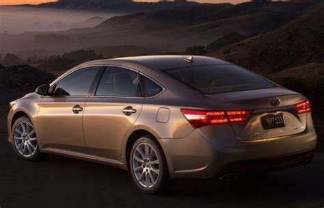toyota avalon 2015 hybrid 2015 toyota avalon hybrid information and photos