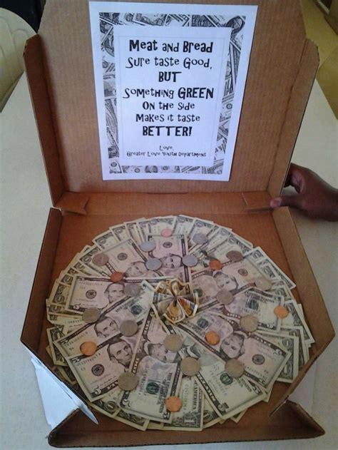 creative money pizza      dough creative gifting pinterest money