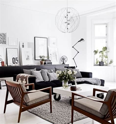 nordic decor inspiration in two colorful homes decoraci 243 n n 243 rdica 40 hermosos salones n 243 rdicos mil