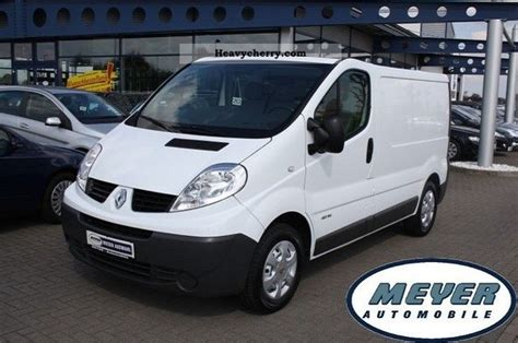 renault trafic 2010 2010 renault trafic photos informations articles