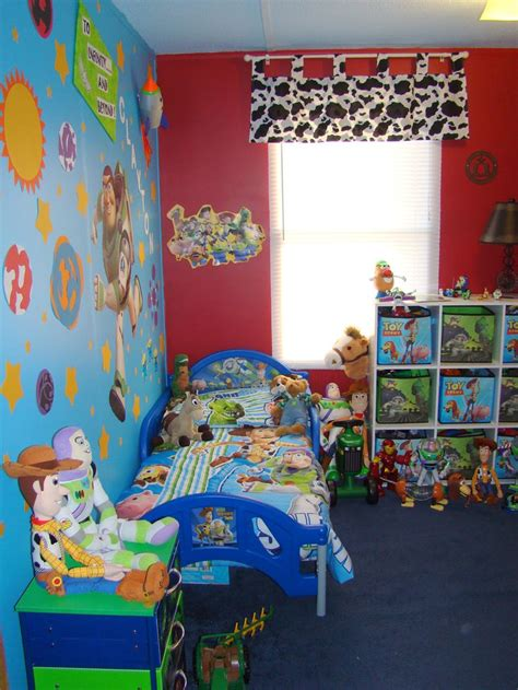 toy story bedroom ideas toy story room baby shower pinterest