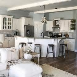 paint ideas for living room and kitchen 25 best ideas about open concept kitchen on