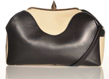18 St Livia Tali Big Size Jumbo Fit L bionda castana livia luxe oversized clutch bag in black by in black lyst