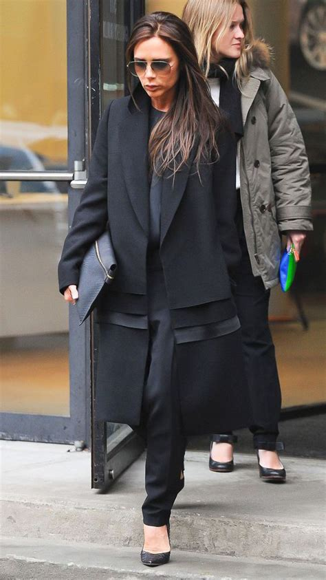 Mrs Beckham Looks Cool In by Beckham Looks Chic As She Steps Out In Own