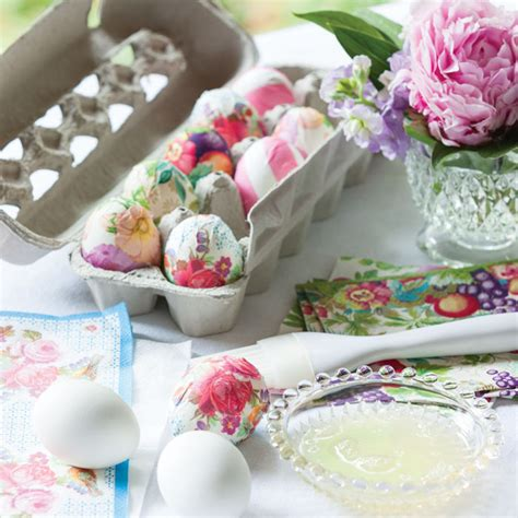 Easter Decoupage - how to make decoupage easter eggs the ribbon in my