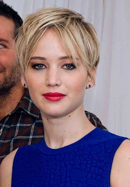 brown and blonde pixie cuts jennifer lawrence s cool and awesome light blonde pixie