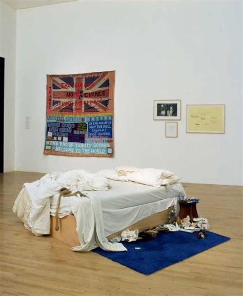 tracey emin my bed something s wrong tate