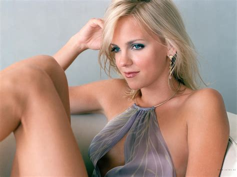 Gallery: Anna Faris is Hot All You Can Love