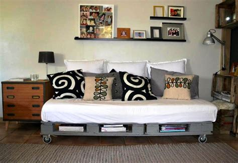 sofa on wheels 50 diy pallet ideas that can improve your home pallet