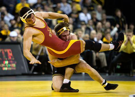 awn wrestling a risky change for college wrestling