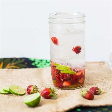 Pineapple And Strawberry Detox Water by Pineapple Mint Detox Water