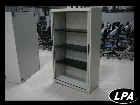 armoire metallique pas chere armoire mtallique la redoute ordinary armoire metallique pas chere armoire vestiaire