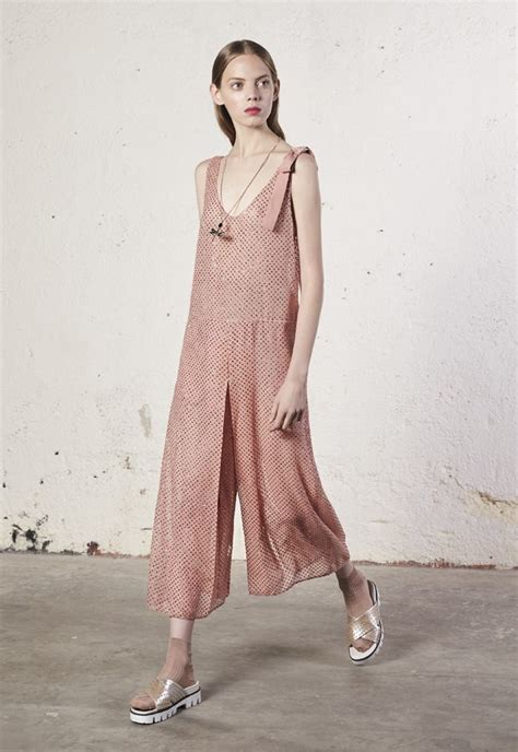 Highfashionliving by Redvalentino Spring Summer 2018 Collection High