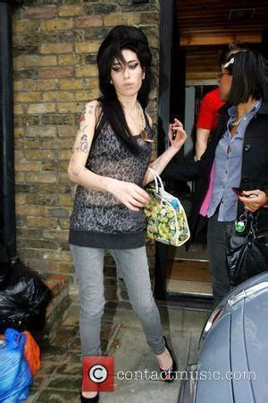 Winehouse In Another Mess by Winehouse Pictures Photo Gallery Page 20