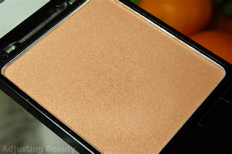 N Color Icon Blusher Pressed Powder review n coloricon blush apri cot in the middle adjusting
