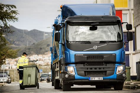volvo truck video volvo trucks launches new fl and fe video autoevolution