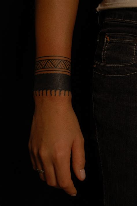 wrist band tattoos best 25 band ideas on
