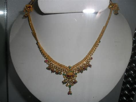 necklace ideas with sreedatta house of handloom sarees www