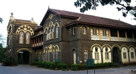 Mba Colleges In Pune Without Entrance Exams by Fergusson College Pune Admissions 2017 2018
