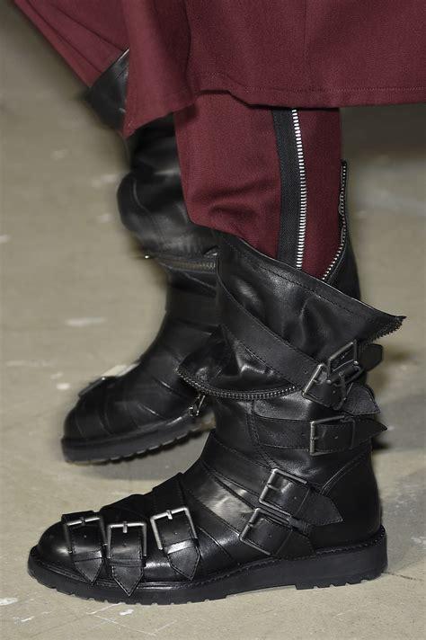 Aldina Maroon 5 fall 2017 footwear trend f trend