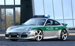 Porsche Automatic Schaue Dir Den Hintergrundbild Porsche Polizei Auto In Der