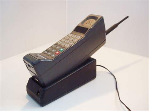 Merek Hp Oppo Keluaran Pertama inilah bentuk handphone keluaran pertama dari 7 brand