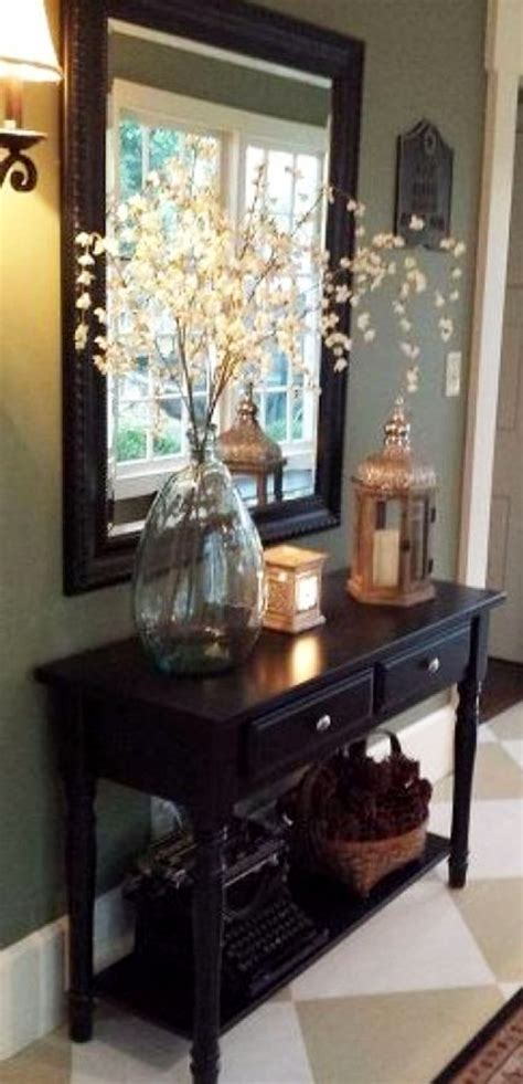 How To Decorate A Small Entry Foyer