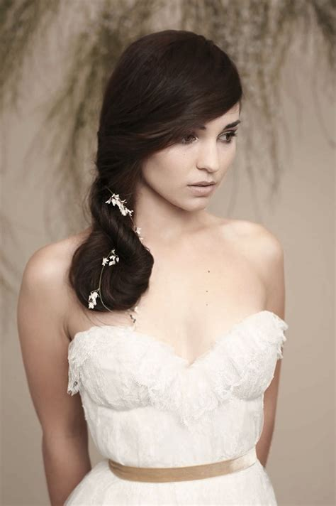 20 Wedding Hairstyles for Round Faces Ideas   Wohh Wedding