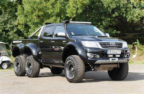 bulgarian tuner builds toyota hilux 6x6