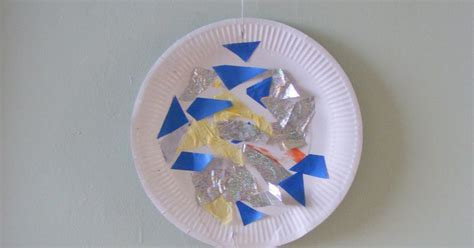 How To Make Wall Hangings With Paper Plates - adventures play paper plate activities 1 planet