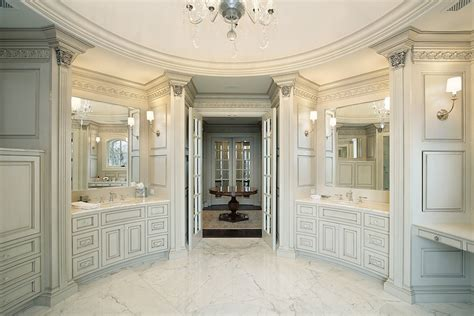 10 luxury white master bathrooms you will to