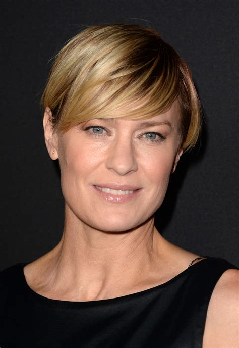 how to cut robin wright haircut robin wright short cut with bangs robin wright looks