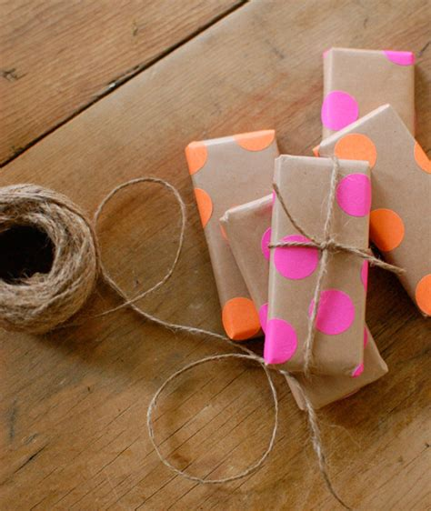 easy way to gift wrap 15 easy ways to make gift wrap