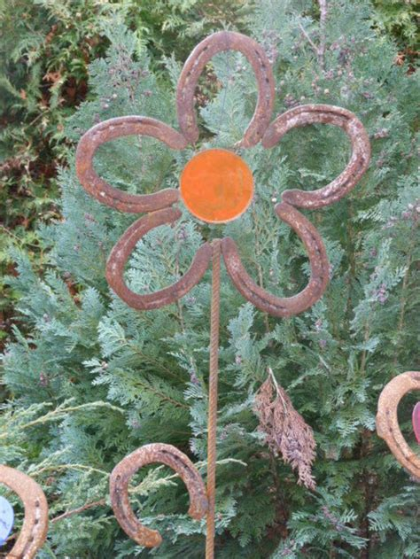 Feuerschale Blume by Pflanzen Gartenstecker Blume Aus Hufeisen