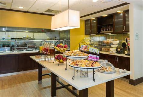 Garden Inn Free Breakfast by Garden Inn Buffalo Airport In Buffalo Hotel Rates