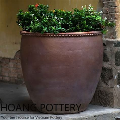 Clay Planters by Black Clay Flower Planter Hphp033 Hoang Pottery