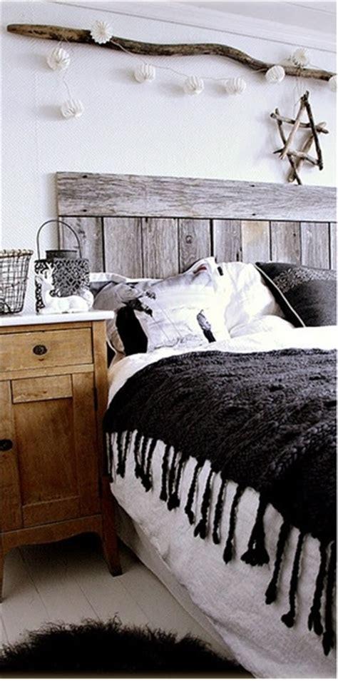 another driftwood headboard bedroom ideas