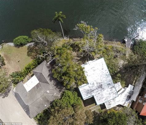 gold coast house plated with gold daily mail online gold coast house which cost 25 200 in 1956 could make