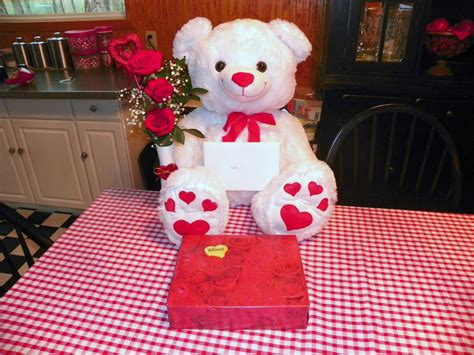 pictures of teddy bears for valentines day happy valentines day teddy bears jinni