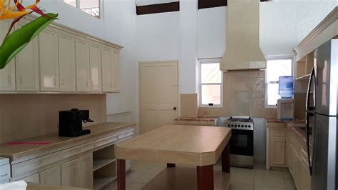 4 bedroom house with pool for rent house for rent with swimming pool in cebu cebu grand realty