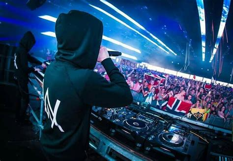 alan walker concert surabaya 143 best images about alan walker on pinterest best dj