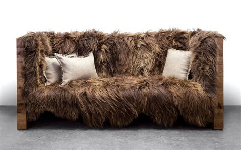 sofa decken you won t notice wookiee or ewok hair on this chewbacca sofa