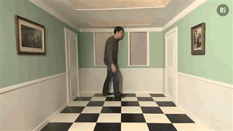 ames room illusion ames room illusion