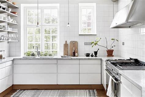 sockelleisten stile une cuisine au style scandinave vu sur dustjacket attic