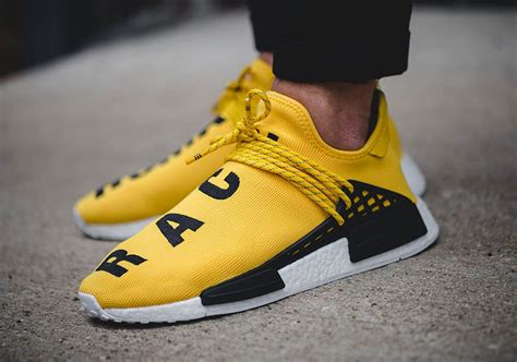 Sepatu Running Adidas Human Race Pharel Williams pharrell adidas nmd human race release info sneakernews