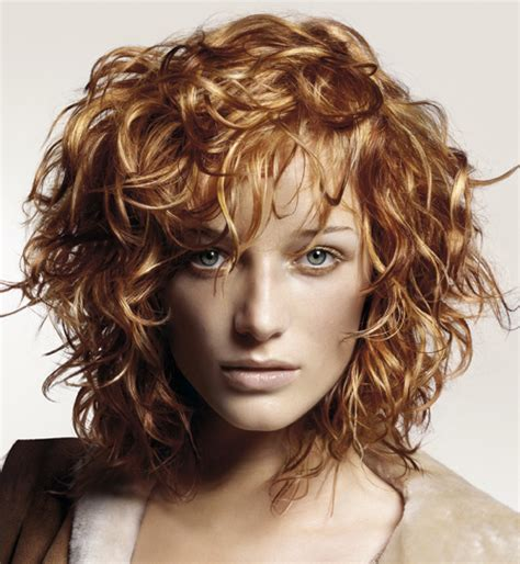 Hairstyles For Frizzy Curly Hair by Hairstyles For Curly Frizzy Hair Fashion